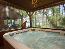 cabin on St. Croix River with hot tub